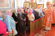 Митрополит Іоасаф у Неділю жінок-мироносиць звершив Божественну літургію в Кафедральному соборі і привітав усіх прихожанок з православним жіночим днем